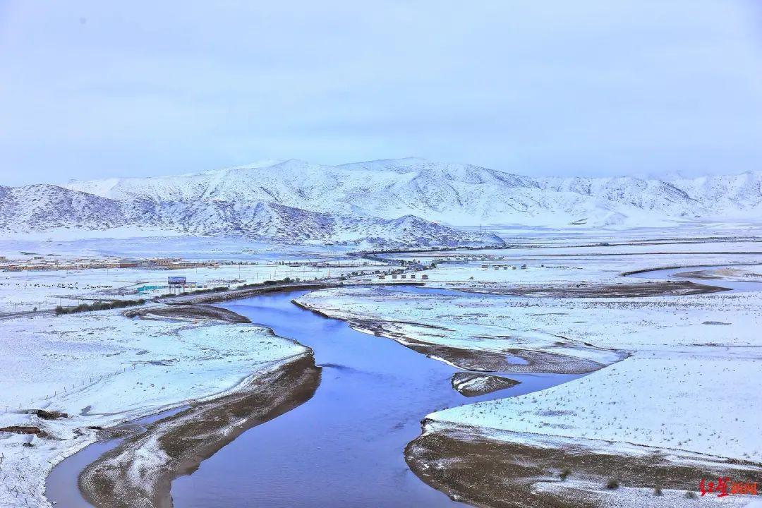 绝美!四川若尔盖红原下雪了