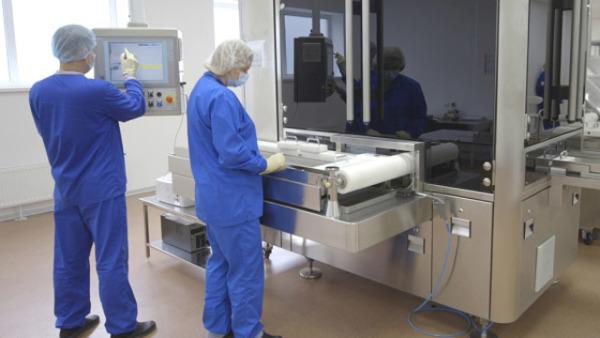 探访俄新冠疫苗生产工厂
