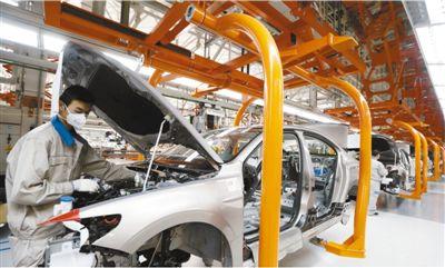 利好政策助力车市回暖 国内乘用车市场日均零售量逐步上升