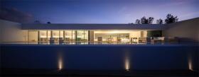 ShinichiOgawa&Associatesl日本白色海滨别墅