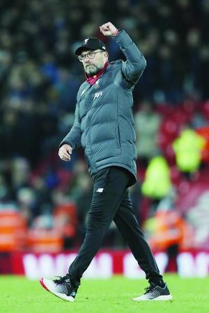 利物浦英超18连胜44轮不败,领先曼城多达22分