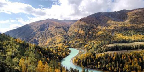 遇见九月新疆最美不过喀纳斯秋景