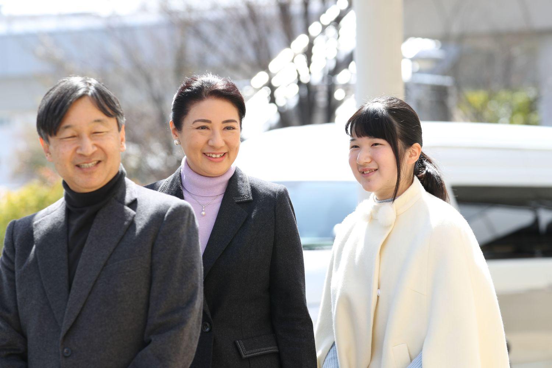 【】日本防卫相称可以接受女系天皇 引发全民热议