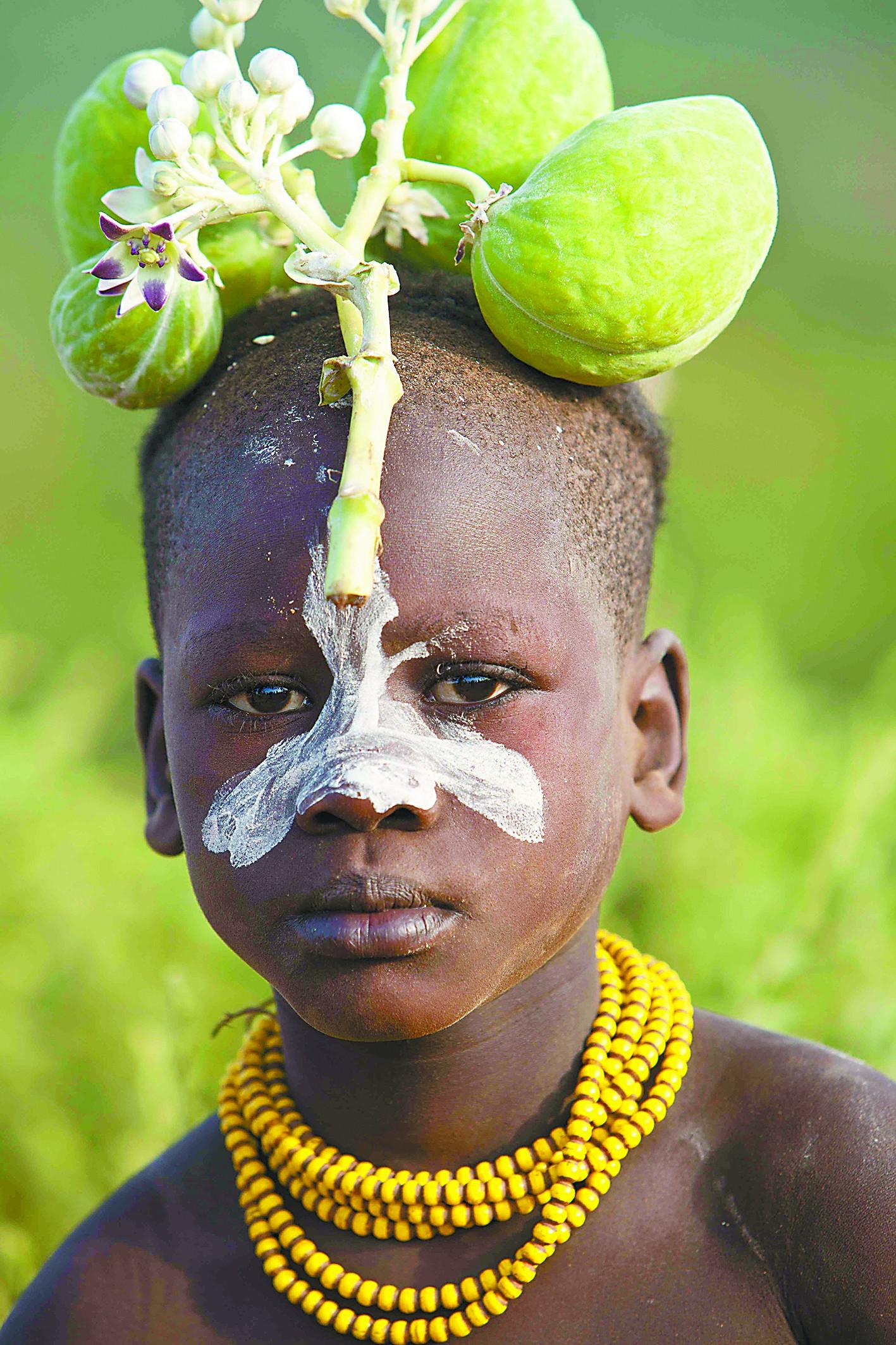 埃塞俄比亚部落人的头饰