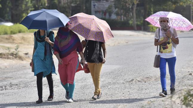 47.6℃!印度首都新德里��十年�碓�地五月份的最高���