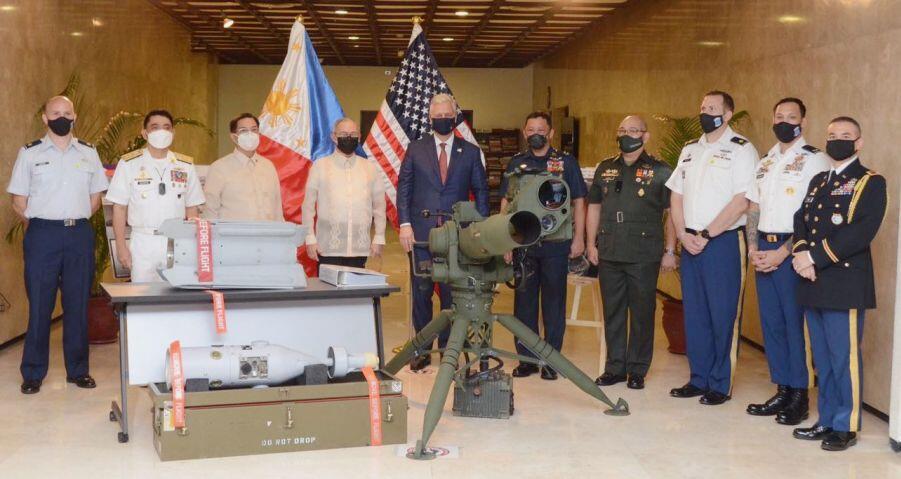 菲律宾从美国获得1800万美元军事装备 有助于增强反恐能力