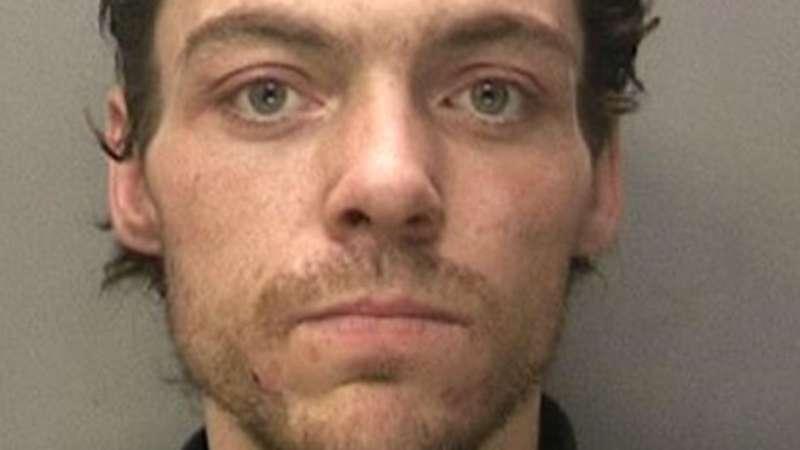 涉嫌三起谋杀案!英国38岁嫌疑犯被捕 第1张