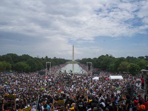 直击美国万人示威 两个美国哪个真?
