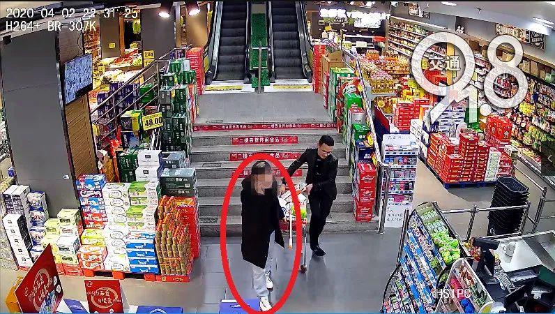 杭州一男子捡到手机 开机密码都一样 消费457.8元 现已被拘留