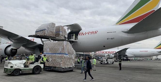 一批中国援助物资运抵埃塞支持非洲54国抗疫