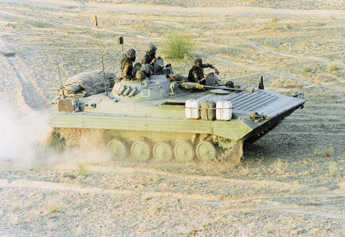 印度陆军计划升级811辆步兵战车 要求至少40%零部件来自本土