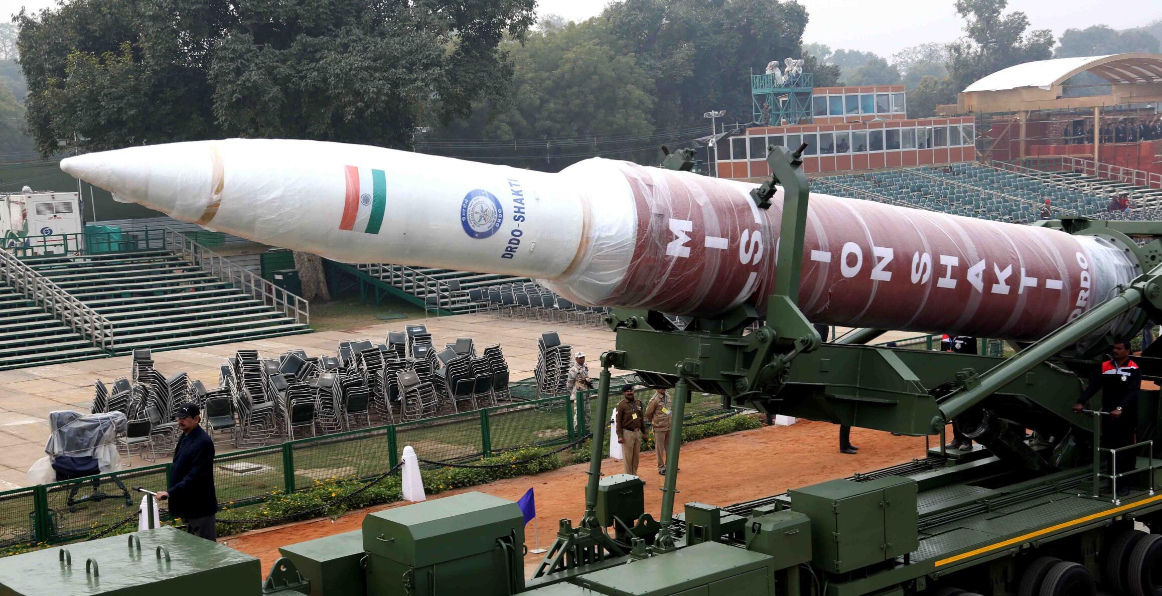 印度阅兵彩排大量新武器登场反卫星导弹都搬出来了