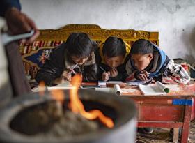 """当课堂搬到""""云端""""——疫情大考中的西藏教育信息化答卷"""