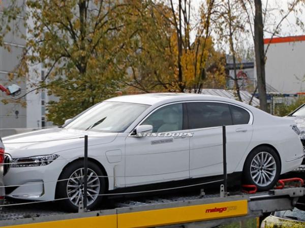 宝马7系纯电动新车曝光:配备120KWh超大容量电池组 续航达700KM挑战燃油车