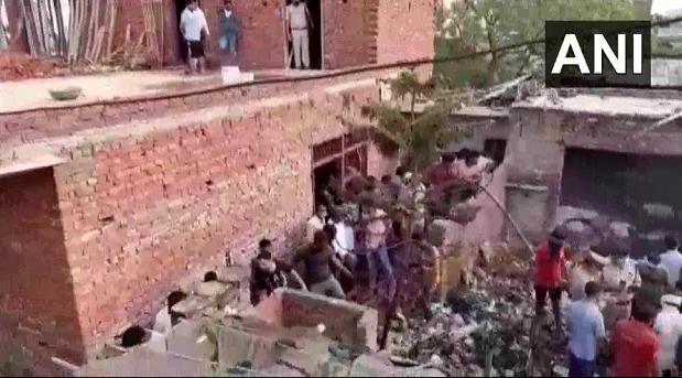 欧博亚洲网址:印度北方邦一工厂爆炸致7死4伤 第2张