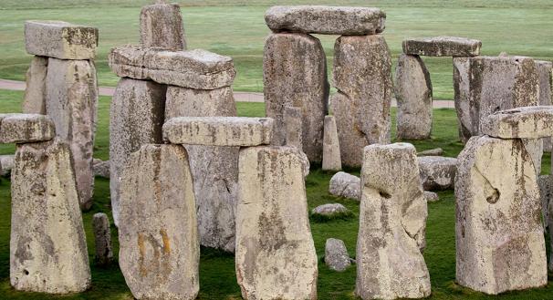 七台河招聘:英国巨石阵石料泉源之谜被揭开 来自距遗迹15英里的韦斯特伍兹