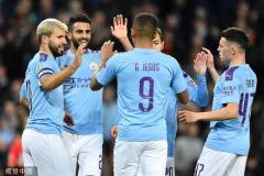 联赛杯-阿圭罗梅开二度 曼城3-1南安普敦