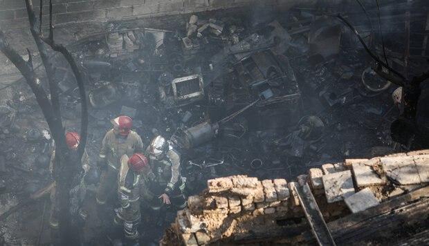 皇冠app下载:伊朗德黑兰省西南部一电池厂发生爆炸 一人殒命 第2张