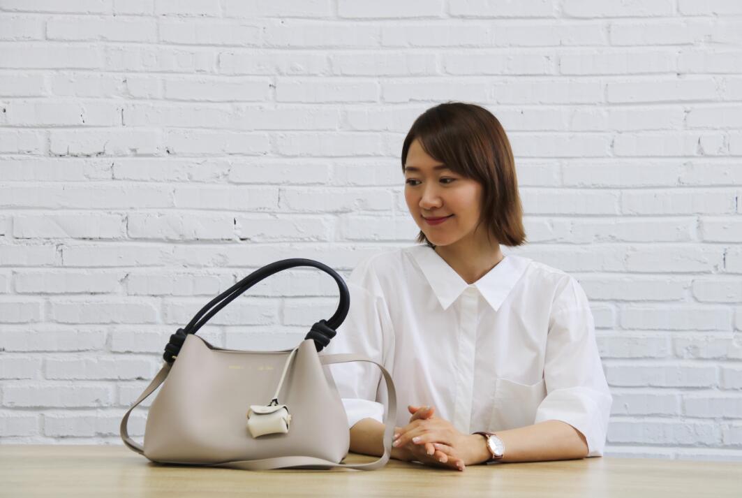 赵雅莉跨界做设计 绽放新时代女性魅力