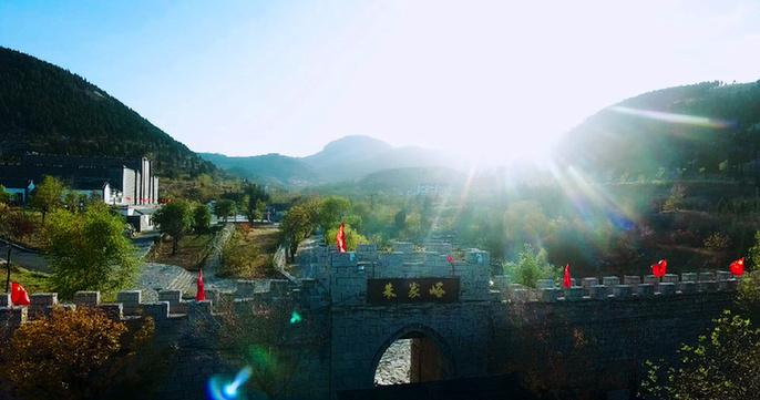 """""""齐鲁第一古村""""朱家峪景区"""