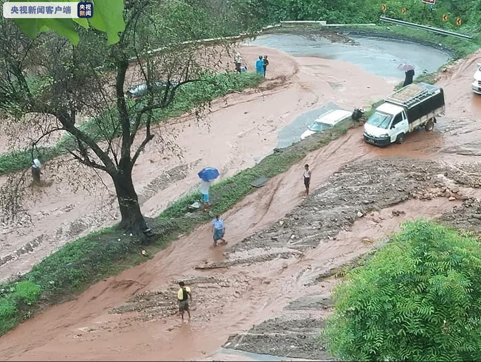 ug环球会员充值:缅甸木曼公路部门路段遭暴雨冲垮 中缅商业通道中止 第1张