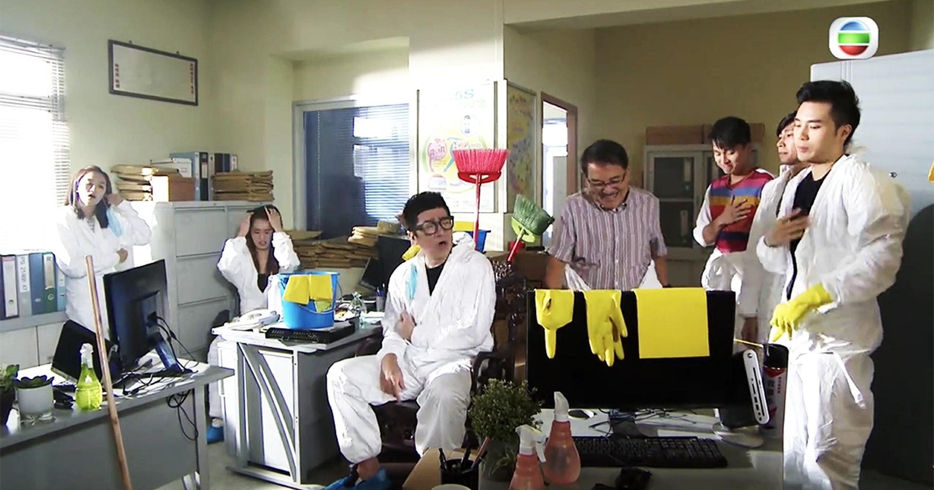 TVB热播剧现14秒乱港手势 观众罢看 导演被解雇