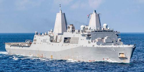 美国频繁派机到南海侦察之际美军两艘万吨巨舰也在南海现身