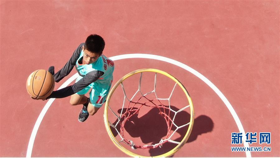 独臂少年 篮球追梦