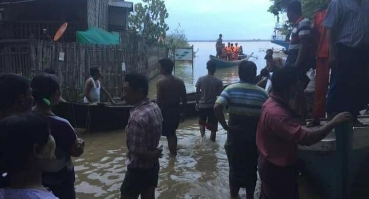 缅甸伊洛瓦底江一船只倾覆 2人失踪