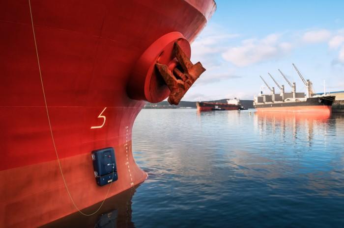 全新水上机器人可在船体爬行以清除藤壶等生物 计划进行商业推广