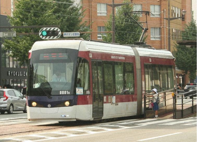 """皇冠即时比分:应搭客要求 日本一有轨电车后半部车厢成为""""女性专用空间"""""""