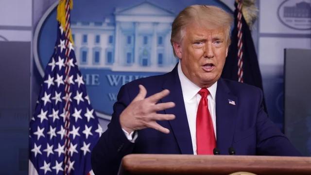 特朗普确认一名白宫工作人员新冠病毒检测呈阳性 第1张