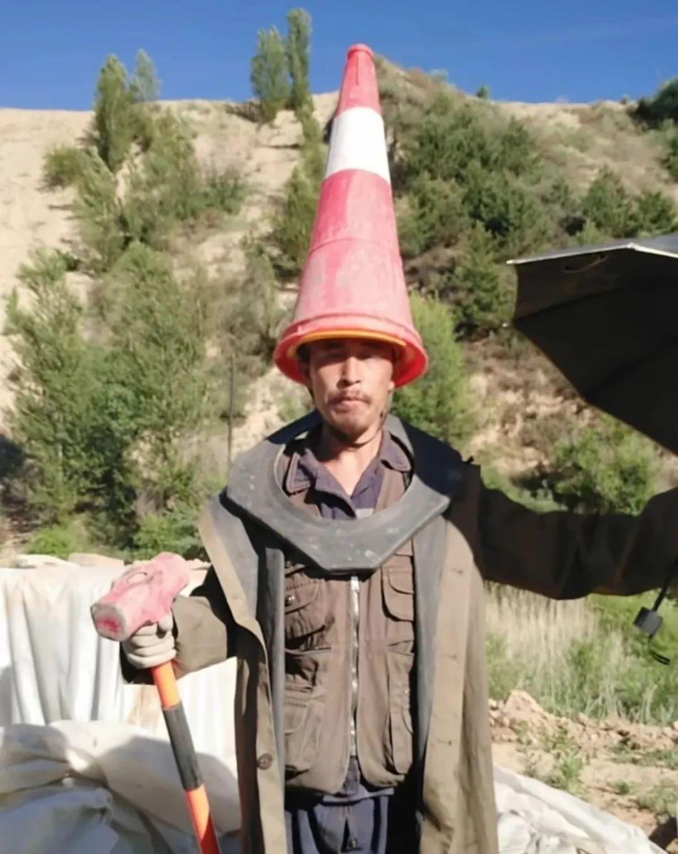 这位农民工一开口,网友直呼:高手!