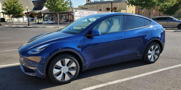 特斯拉Model Y在6月份销售7500辆 是Model X两倍多