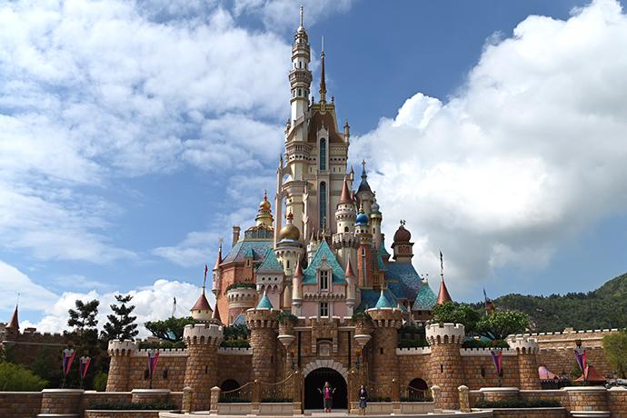 香港迪士尼乐园:12月2日起暂停开放,视情况公布重开日期
