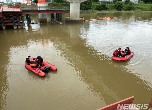 欧博亚洲:韩媒:2名泰国人在韩落水被卷走为救同伴落水者确认身亡