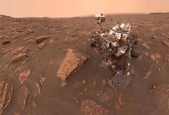 "NASA公布8张火星""明信片"""