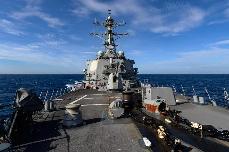 又挑衅?美国军舰再次通过台湾海峡,台媒:系今年第七次