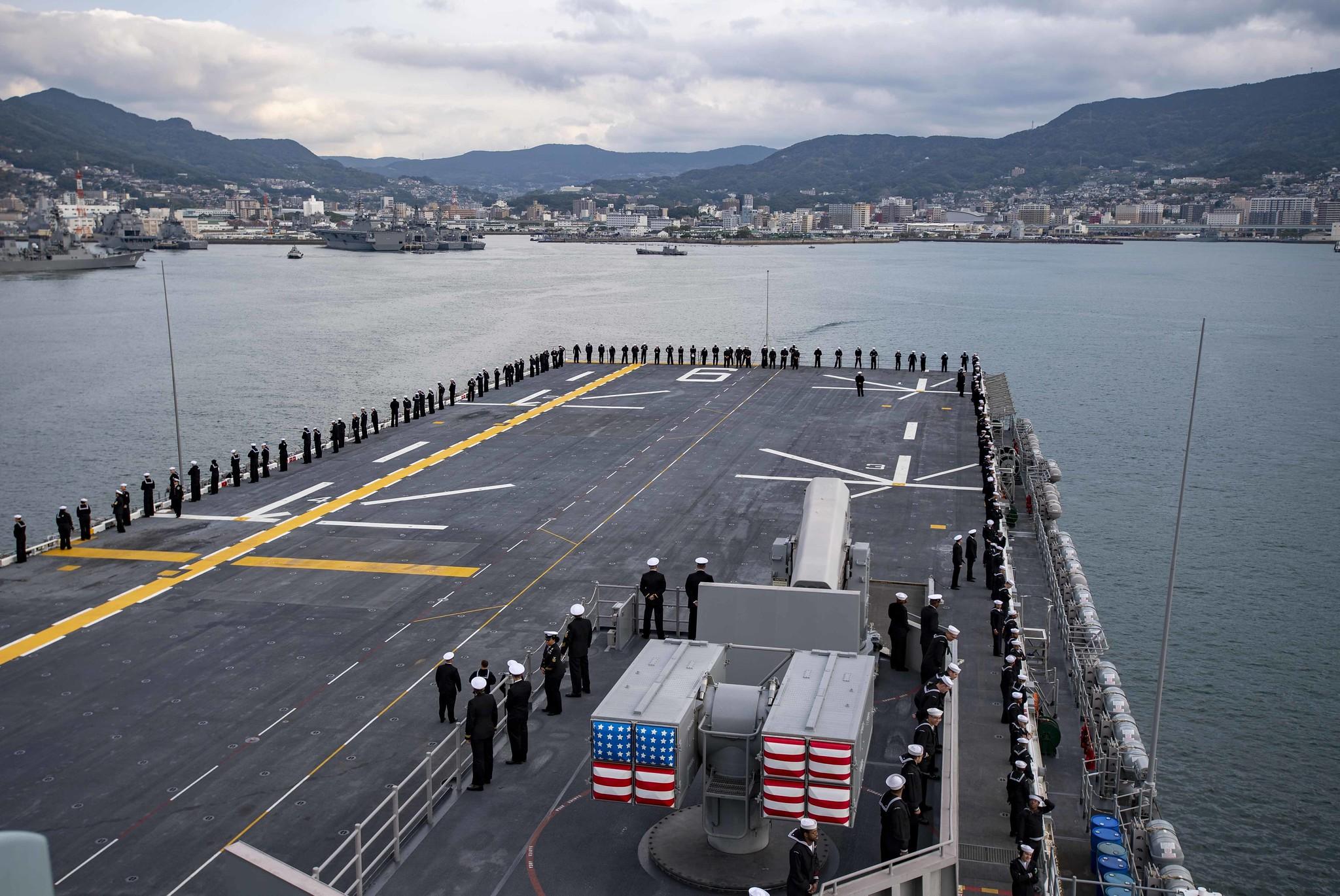 美军最强两栖战舰进驻日本搭载F-35战力远超轻型航母