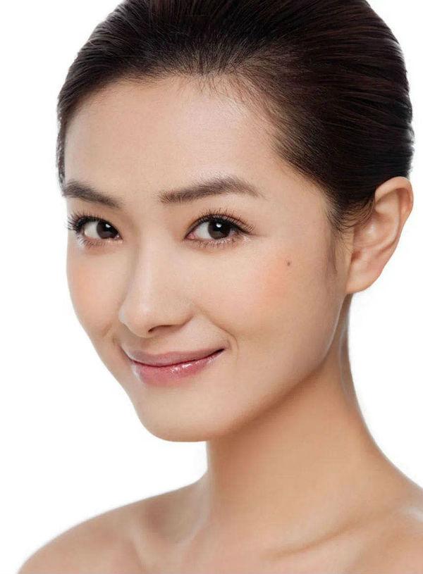 出道20年的小透明,清水脸万茜38岁成了万人迷?