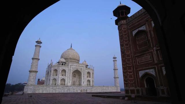 印媒:此前印度严防中国人,现在中国游客最先造访泰姬陵