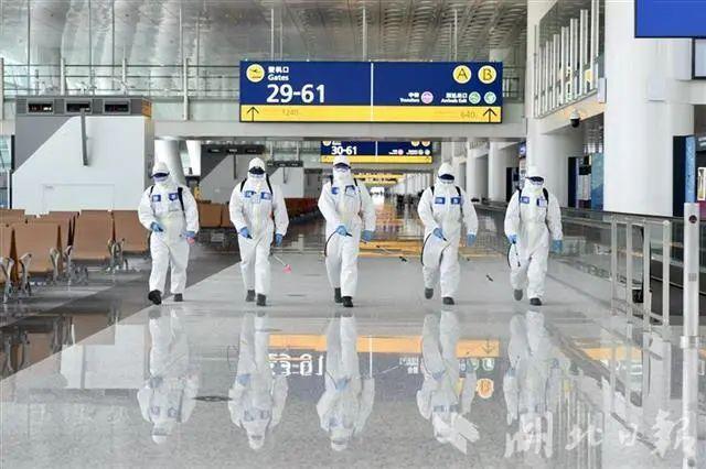 今天下午,武汉天河机场传来的画面!