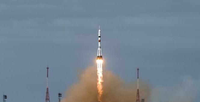 """俄""""联盟MS-16""""飞船与国际空间站顺利对接"""