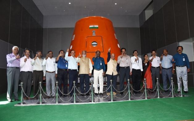 印度将在首次载人航天任务之前发射一个人形机器人 让人形机器人代替宇航员升空