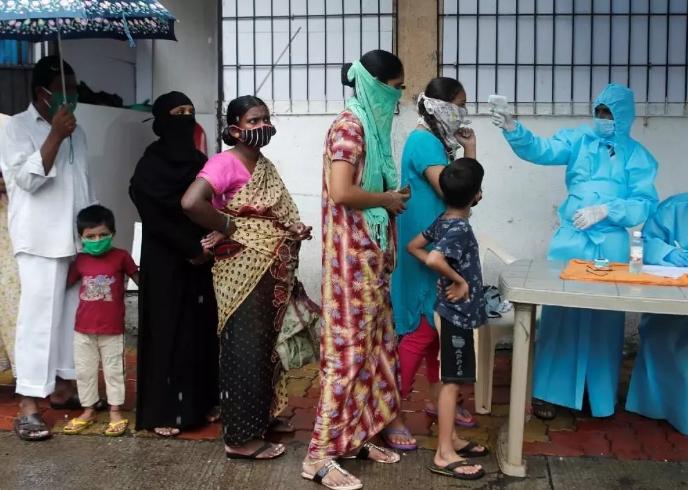 印度4名囚犯确诊后住院期间逃跑 警方紧急搜捕