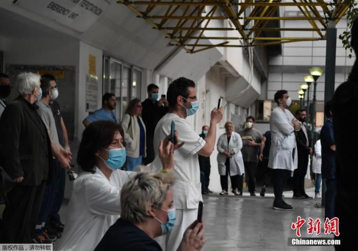 希腊疫情进入红色警戒状态 当局商讨关闭陆地边境