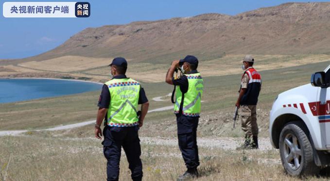 联博统计接口:土耳其一船只在凡湖失踪疑似载有100名灾黎 搜救行动连续举行尚无任何希望 第2张