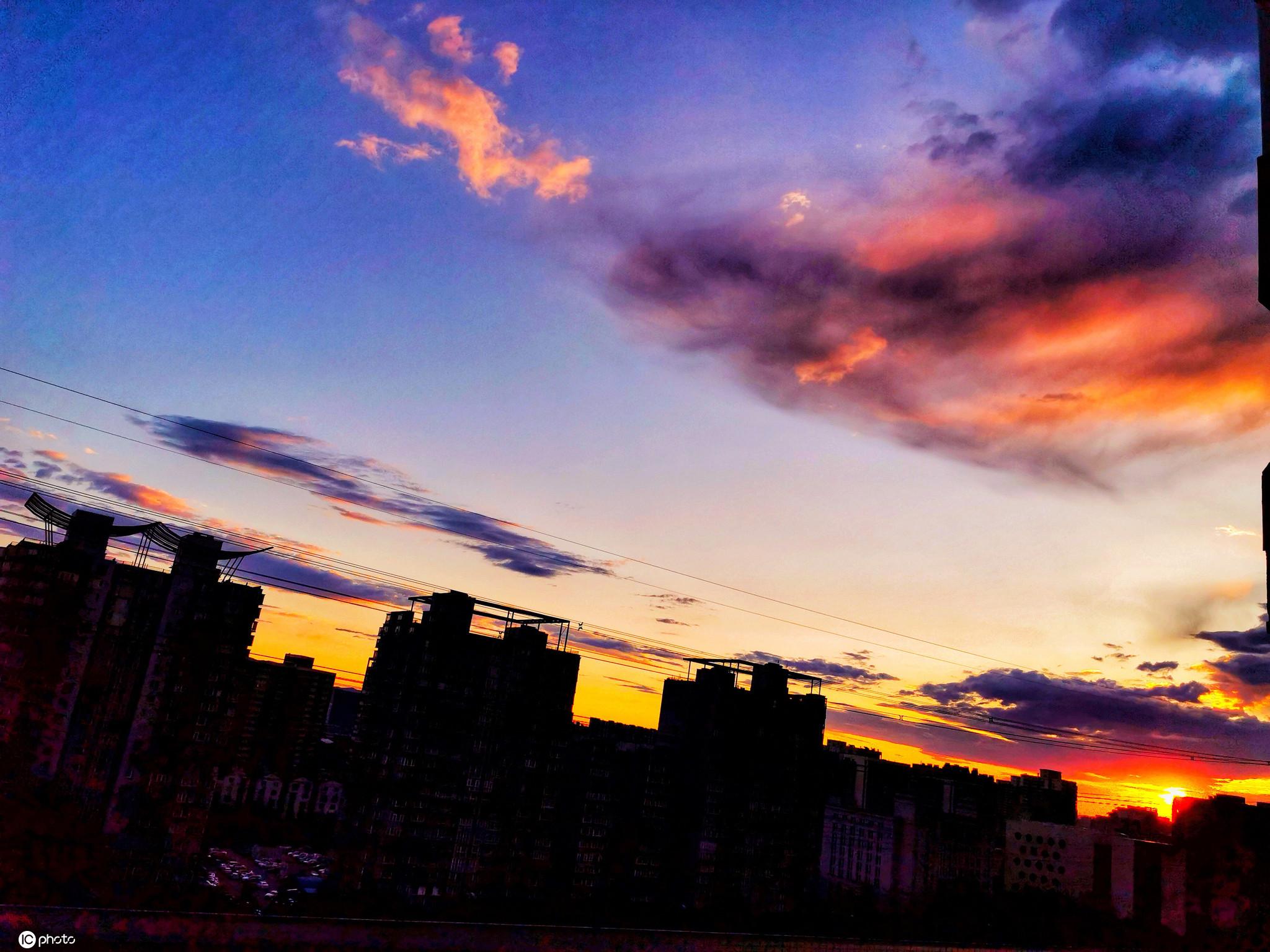 北京持续迎来朝霞美景