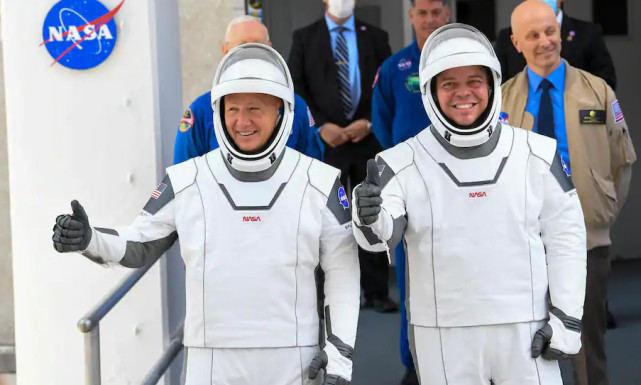 【现金网游戏】_NASA两名宇航员升空1个月 准备搭乘SpaceX飞船返航