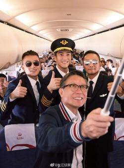对话杜江 《中国机长》挑战世界级难度紧急迫降 以专业成就伟大
